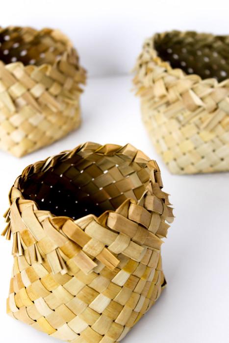 kono-flax basket by Birgit Moffatt