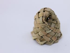 harakeke sculptures by Birgit Moffatt (2)